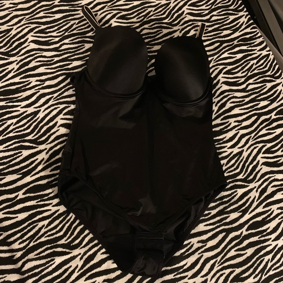 Flexees Other - Flexees shape wear in black 36C